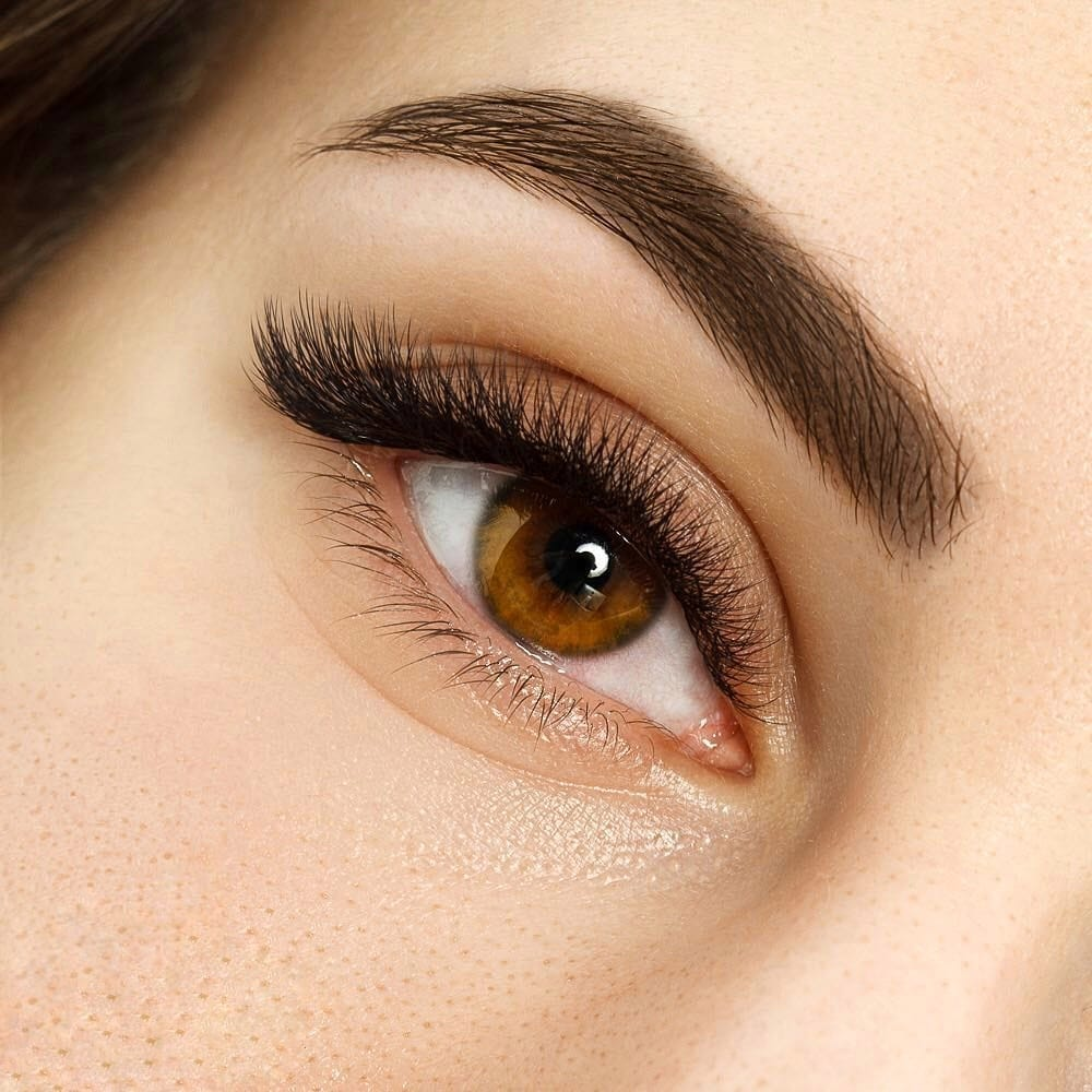 5-Book an appointment and get your amazing Eyelash Extensions experience35799077197.jpeg